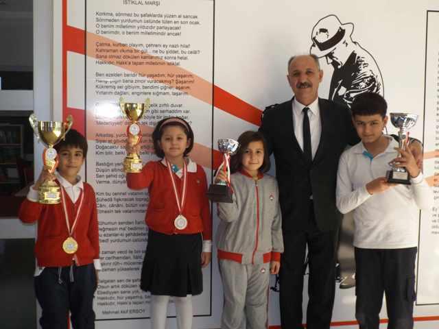 Bahçeşehir Koleji Satranç Turnuvasına damgasını vurdu