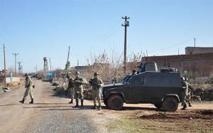 Jandarma Araçlarına Saldırı