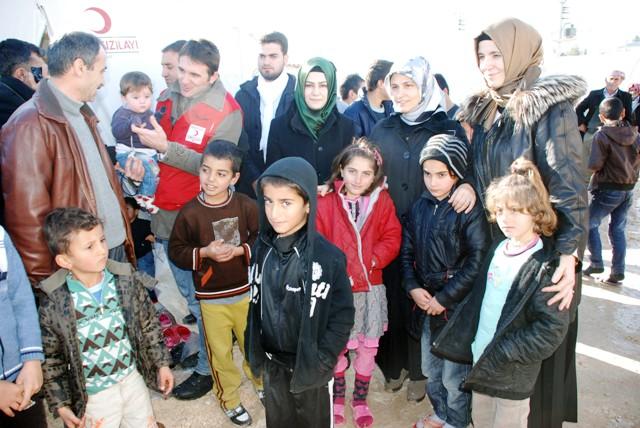 İstanbul'dan sığınmacılara yardım