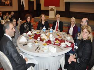 Rektör Ağırakça'dan 'Barış ve Kardeşlik' yemeği