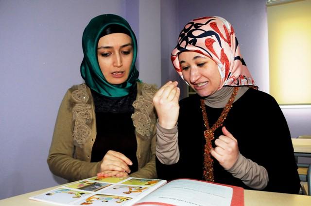 İşaret diliyle Kur'an-ı Kerim'i hatmettiler
