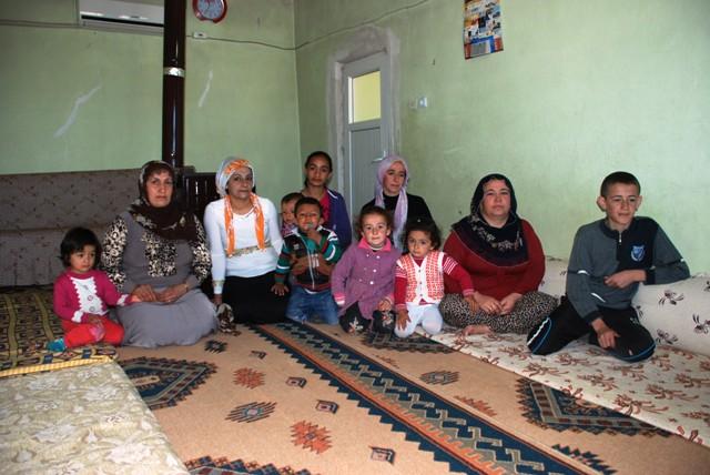 Bir evde 3 aile yaşıyor