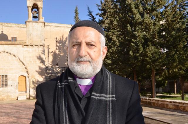 Papaz Akyüz: Süryani köyleri kuşatma altında