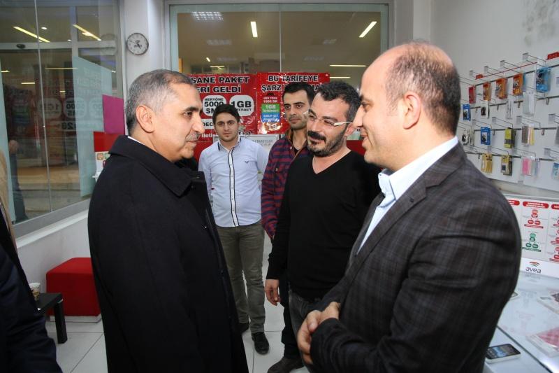 Vali Koçak, Kızıltepe'de vatandaşlarla buluştu