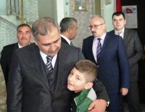 Vali Koçak, Kızıltepe'de korucularla bir araya geldi