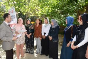 30 kadın kursiyere sertifika