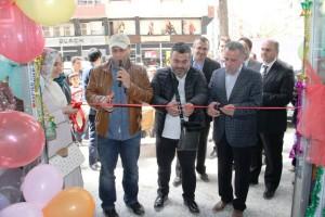 Mardin'de Asım Yıldırım ve Gökmen'den kermes açılışı