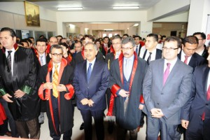 Savcı Kiraz İçin Mardin Adliyesinde tören