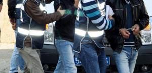 Polis Aracına Saldırıda '2' Tutuklama