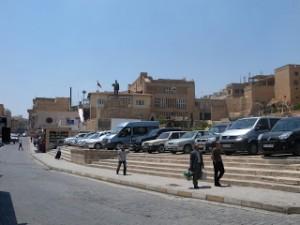 Mardindeki Gazetecilerden otopark tepkisi