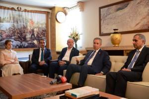 Başbakan Yardımcısı Arınç Mardin'de
