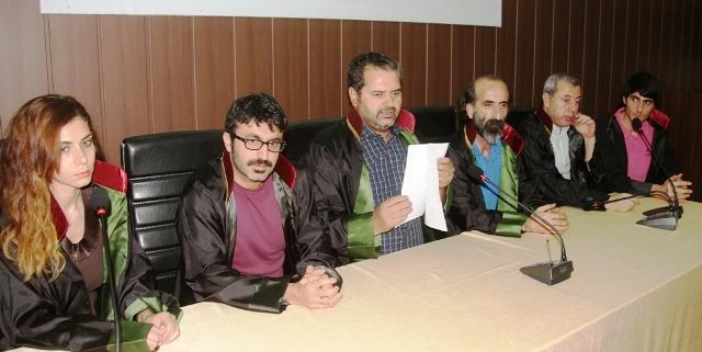 """""""Kürt sorunu meclis çatısı altında çözülmelidir"""""""