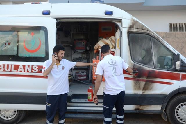 Ambulansa molotof kokteylli saldırı