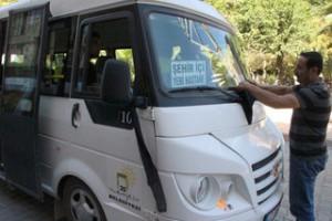 Nusaybin'de esnaf ve minibüsler siyah bez astı