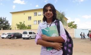Suriyeli küçük Sara'nın gururlandıran başarısı