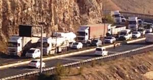 Mardin'de trafik yoğunluğu