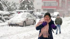 Okullar kar yağışı nedeniyle tatil