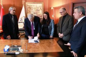 Mardin Büyükşehir Belediyesi'nde toplu iş sözleşmesi imzalandı