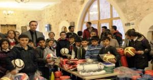 Savur Kaymakamlığı, 52 okula spor malzemesi dağıttı