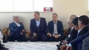 AK Parti'den muhtar ve kanaat önderleriyle danışma toplantısı