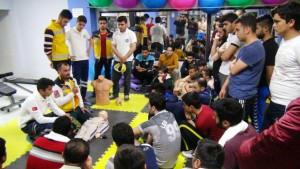 Gençlere ilk yardım semineri