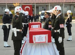 Şehit Olan Asker ve Polis Memuru için tören düzenlendi