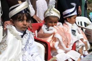 Belediye 17 Çocuğu Sünnet ettirdi