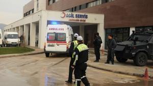 Mardin'de terör saldırısı: 12 polis yaralı