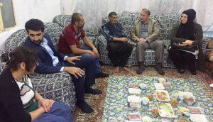 'Gönül Sofrasında'  vatandaşlarla bir  araya geliyorlar