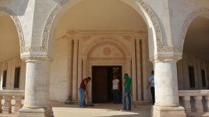 Tarihi mekanlar arkeolog eşliğinde temizleniyor