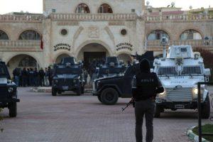 Kızıltepe Belediyesinde Operasyon: 4 gözaltı