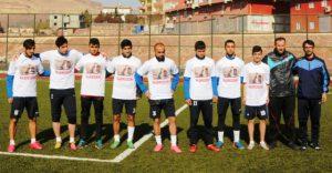 Deriksporlu futbolcuların şehit Safitürk sevgisi