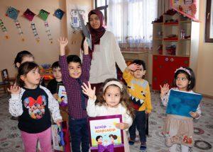 Milletin hizmetindeki okullarda karne heyecanı