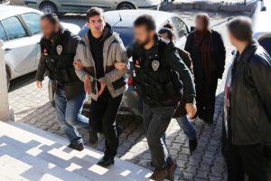Araçlarında 89 Kg Esrar Ele Geçirilen Şahıslar Tutuklandı