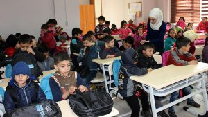 '200 bin Suriyeli çocuk, çocuklarımızla aynı eğitimi paylaşıyor'
