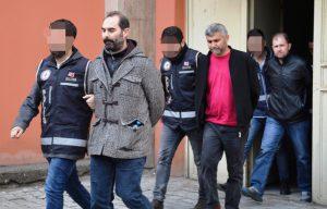 Mardin'de 17 eski polis FETÖ'den tutuklandı