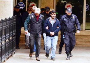 FETÖ operasyonu:  10 asker tutuklandı