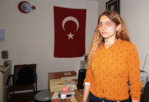 Kadın polis memurunun darbedildiği iddia edildi