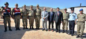 Vali Yaman'dan güvenlik güçlerine ziyaret