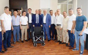 Kızıltepe ticaret borsasından engeli 21 vatandaşa tekerlikli sandalye
