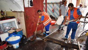 Artuklu'da sokaklar deterjanlı ve tazyikli suyla yıkanıyor