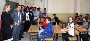 Terör olaylarında tahrip olan okul yeniden eğitime açıldı