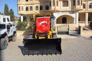 Nusaybin Belediyesine iş makinesi hibesi