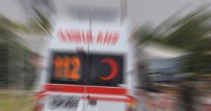 Traktör devrildi: 1 ölü, 6 yaralı