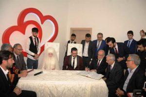 Karamollaoğlu ile Ahmet Türk Mardin´de Nikah Şahitliği yaptı