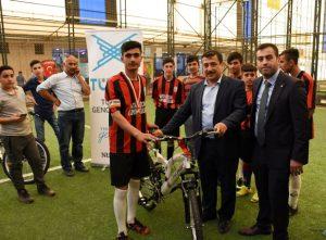 Nusaybin'de futbol turnuvası düzenledi