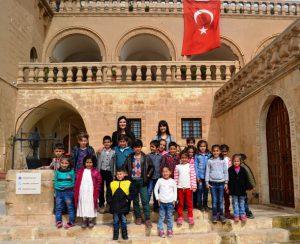 Kırsaldaki öğrenciler Mardin'i gezdi