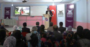 'Kız Çocuklarının Okullaşması ve Aile İçi  Şiddetin Önlenmesi' seminerleri sürüyor