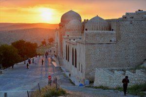 Mardin'de gün batımı büyülüyor