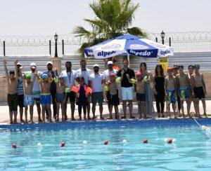 Nusaybinli çocukların havuz keyfi
